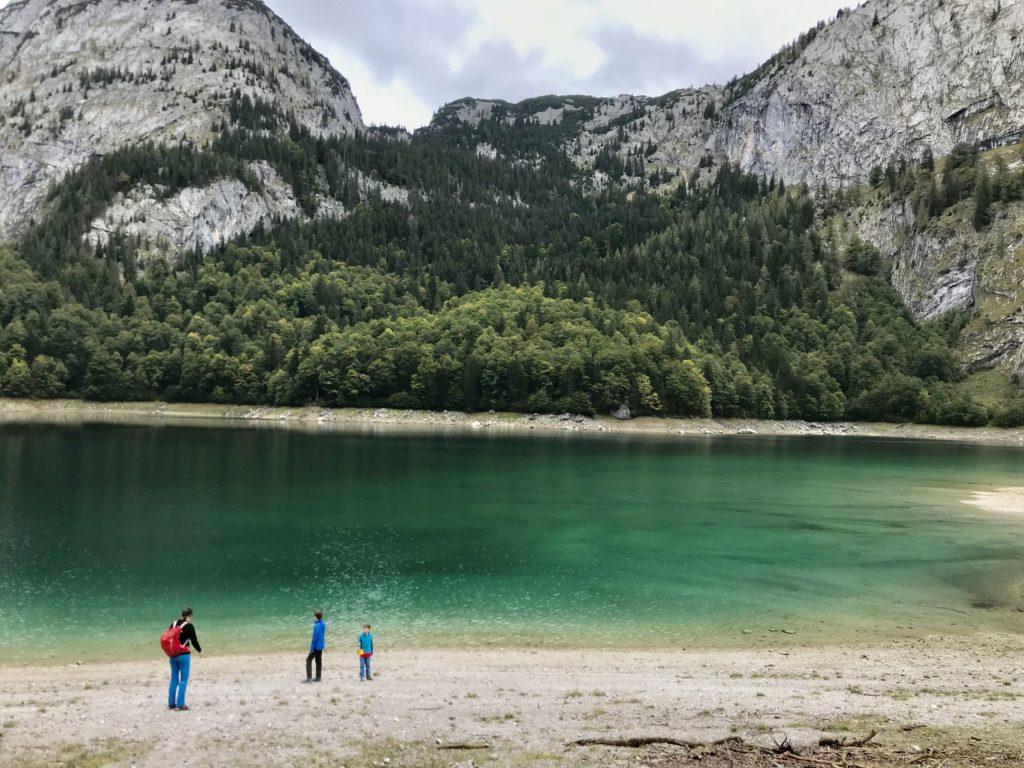 Hinterer Gosausee - so schön türkisgrün und das bei bedecktem Himmel